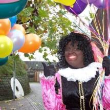 Piet met ballonnen